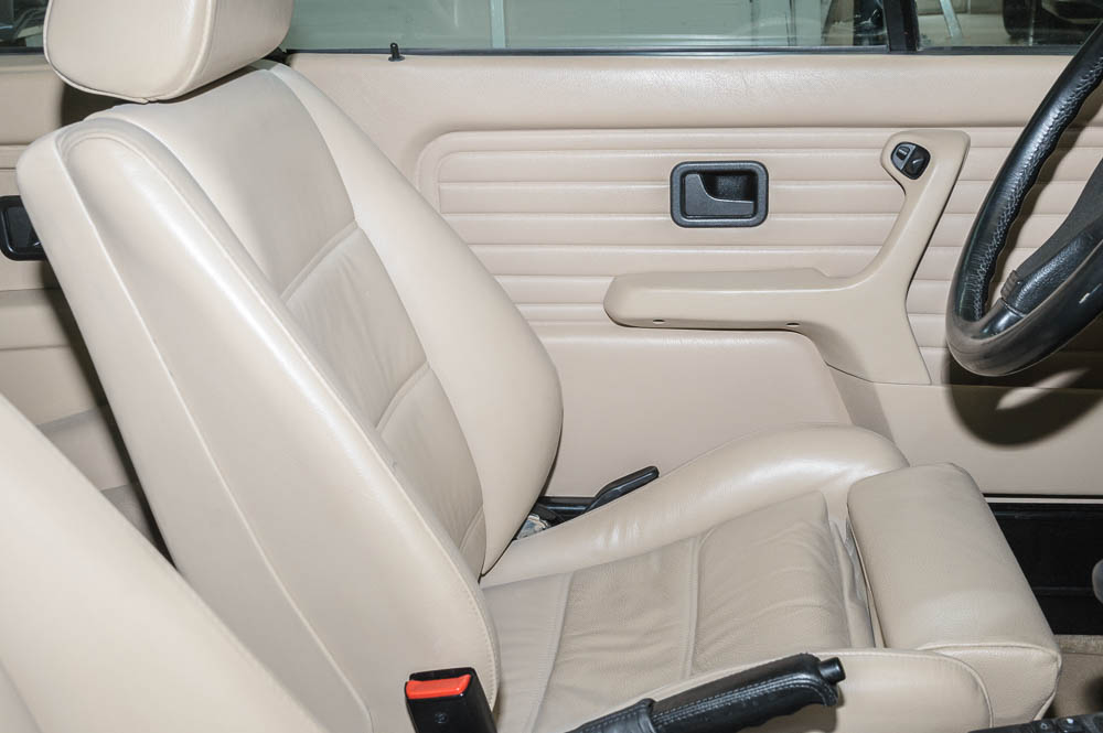 bmw e30 325i cabrio vfl seltene farbkombination bmw e 30 cabrio. Black Bedroom Furniture Sets. Home Design Ideas